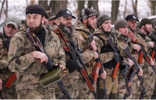 Песков рассказал, кто из России ездил воевать на Донбасс