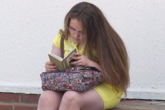В Великобритании есть цыганская девочка, которая имеет более высокий интеллект, чем был у Энштейна