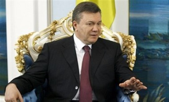 Бывший украинский президент Виктор Янукович не откажется от попытки снова пойти в политику