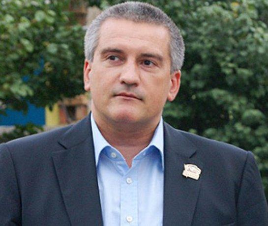 Аксенов заявил, что не признает законным правительство США и Украины