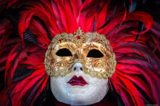 Классические карнавальные маски
