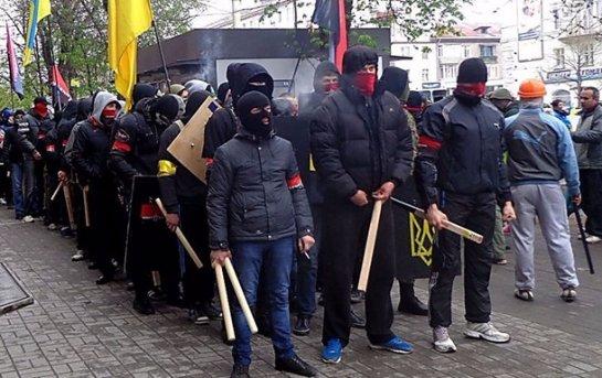 Правый сектор устроил бойню в Закарпатье
