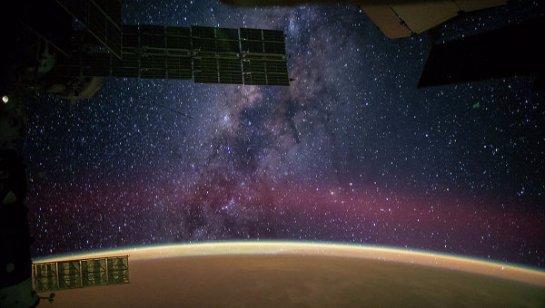 Роскосмос показал, что будет происходить в космосе через четыре миллиарда лет