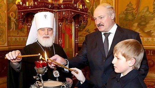 Лукашенко заявил, что не собирается рушить существующий государственный лад в Белоруссии