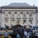 Совершено нападение на посольство РФ в Киеве